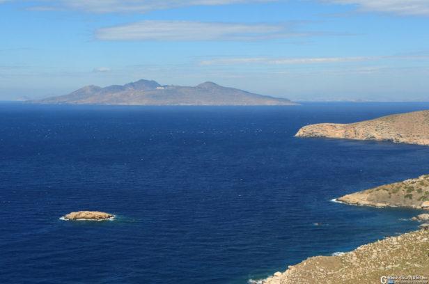 Нисирос с соседнего острова