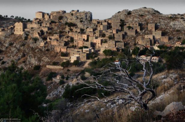 Остров Хиос, Греция. Покинутая горная деревня Анаватос