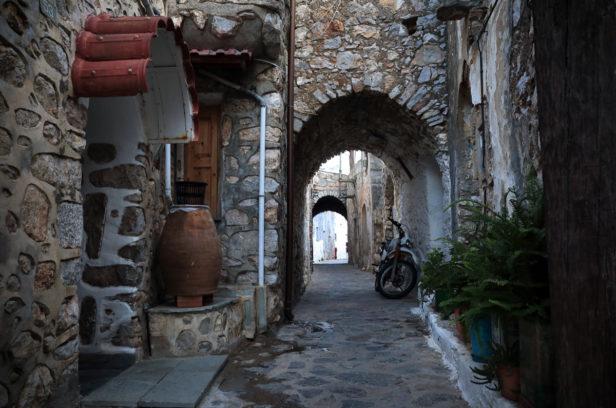 Остров Хиос, Греция. Мастиховая деревня Лиси.